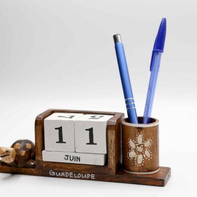 Calendrier perpétuel pot crayon